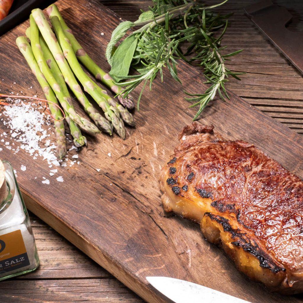 Das perfekte Steak mit dem Beefer. Das Original ist einfach unschlagbar bei Qualität und Zubehör-Vielfalt