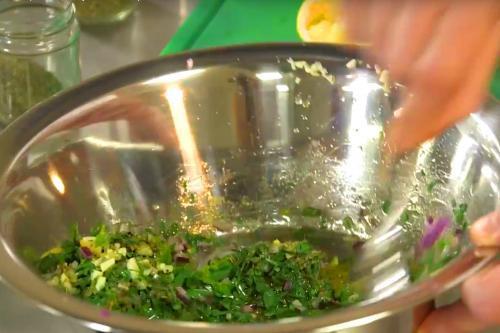 Jalapeño-Parsley-Salsa – Rezept passend zu Deinem Steak vom Oberhitze Grill